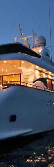 90.5 ft Private Yacht - Zoe Vidaly Interior Design Studio